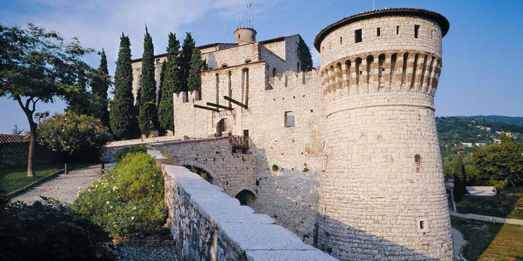 Franciacorta Outlet Village - Castello di Brescia